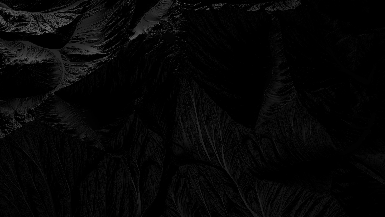 BLACK_VII_desktop-1